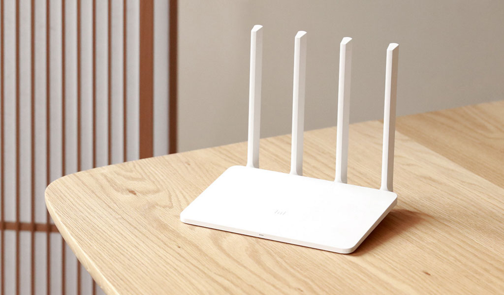 20000mAh Mi Powerbank and Mi WiFi Router 3